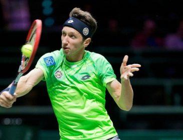 Теннисист С.Стаховський пробился в четвертьфинал турнира в Манчестере