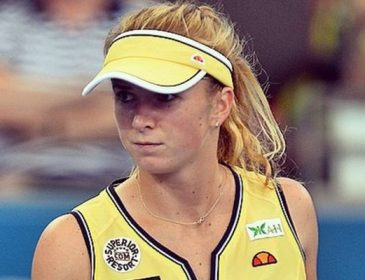 Лучшая теннисистка Украины похвасталась соблазнительным фото в купальнике