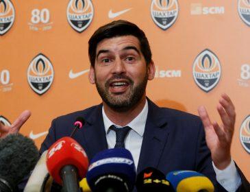 Украинский тренер руководит командой по телефону в Азербайджане