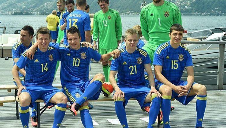«Сине-желтое» настроение. Как сборная Украины проводит последние дни перед Евро-2016