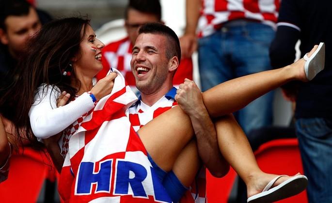 Евро-2016. Чехия — Хорватия — 0: 1. Первый тайм.
