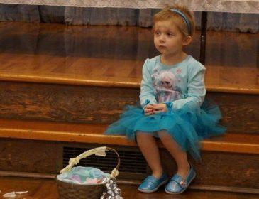 Зная, что это последний день рождения дочери, родители устроили для нее грандиозный праздник