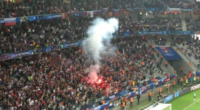 Россия может получить дисквалификацию на Евро-2016 из-за действий своих фанатов в матче со Словакией