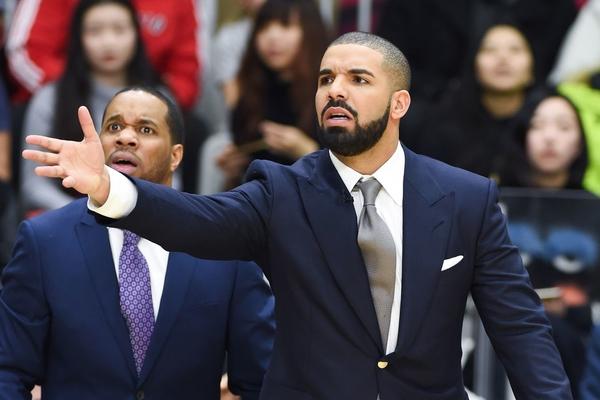 Известный музыкант проиграл $ 60 000 на прогнозе финала НБА