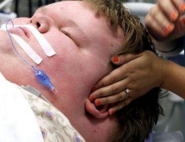 В свои 15 лет этот мальчик весил 321 килограмм… Только посмотри, как он выглядит сейчас!