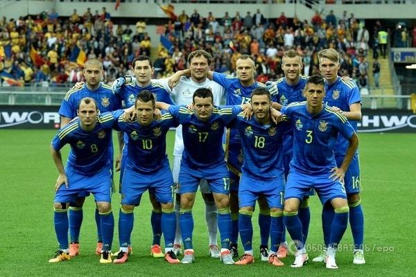Болельщики собирают подписи за расформирования сборной Украины