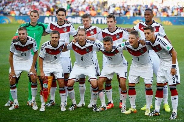 Сборная Германии потеряла защитника перед Евро-2016