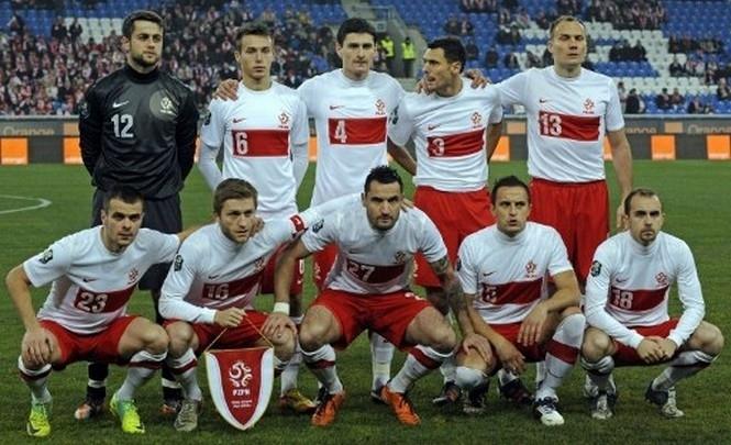 Сборная Польши перед Евро дважды пропустила мяч от Голландии