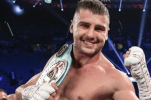 Непобедимый украинский боксер добыл сложную победу в США, поднявшись с нокдауна