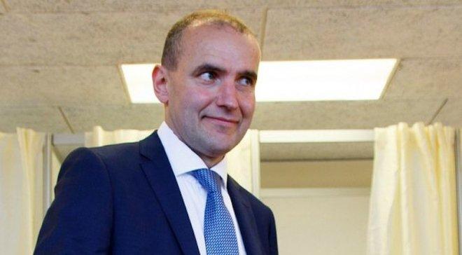 Президент Исландии отказался от VIP-ложи на матч против Франции