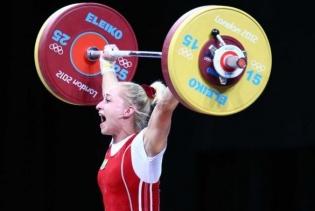 Украинскую тяжелоатлетку лишили олимпийской медали за допинг