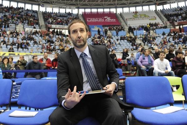 Барселона определилась с новым тренером