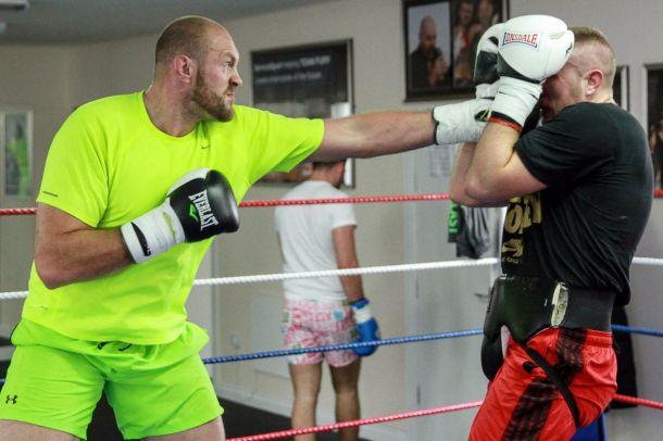 Фьюри возобновил подготовку к реваншу с Кличко (фото)