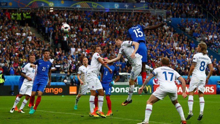 Франция разгромила Исландию 4: 0 в первом тайме
