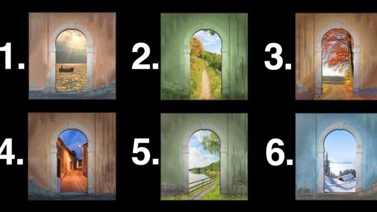Выберите дверь и узнайте кое-что интересное о себе и своём будущем