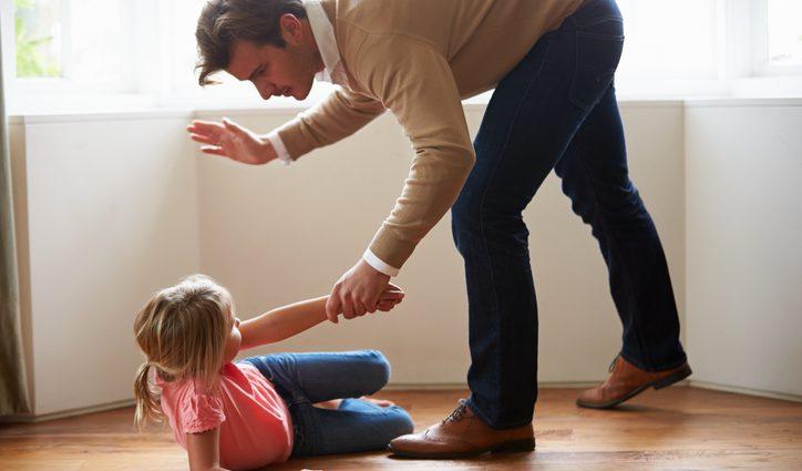 Одна и главная причина, почему нельзя «шлепать» детей
