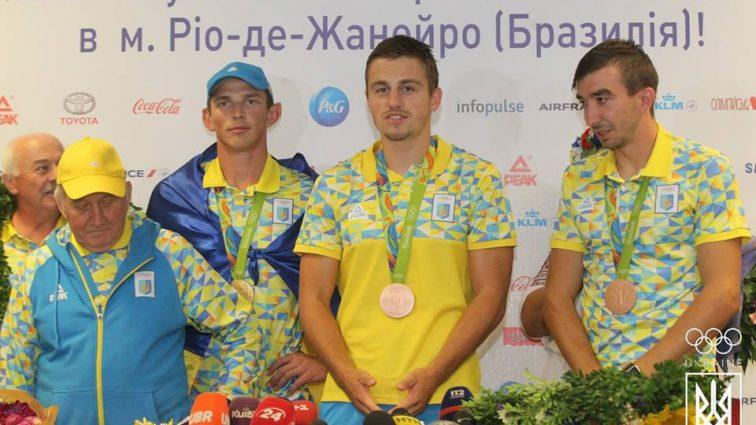 Как в Украине встретили олимпийских чемпионов появились фото
