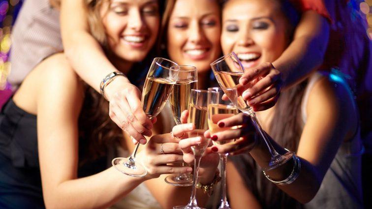Непослушная девочка: что не стоит писать людям, когда ты выпила