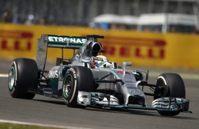Формула-1: Хэмилтон увеличивает отрыв от Росберга