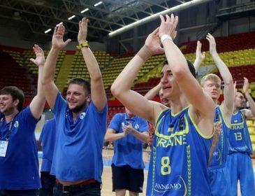 В составе баскетбольной сборной Украины осталось 13 человек