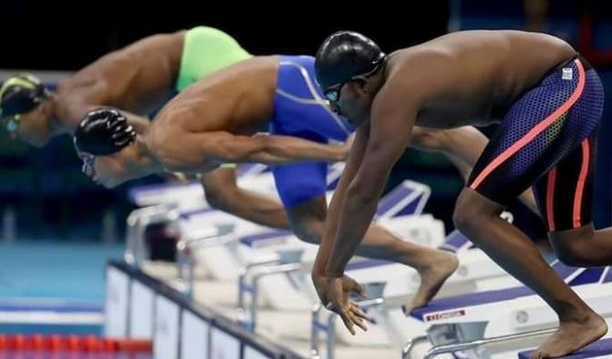 Пловец-пышка шокировал олимпийскую публику