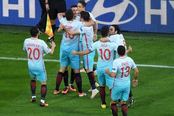 ФИФА может дисквалифицировать сборную Турции