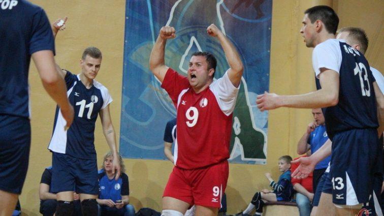 В чемпионате Украины по волейболу будут играть две команды из Хмельницкого