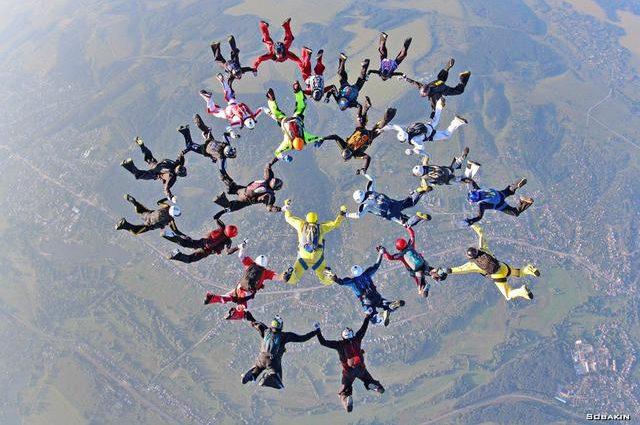 Украинские парашютисты установили национальный рекорд