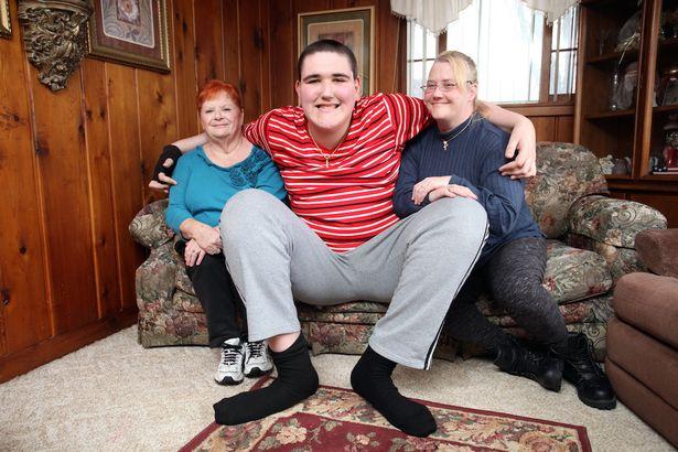 Вот так вырос: этот парень в свои 15 лет имеет 2,5 метра