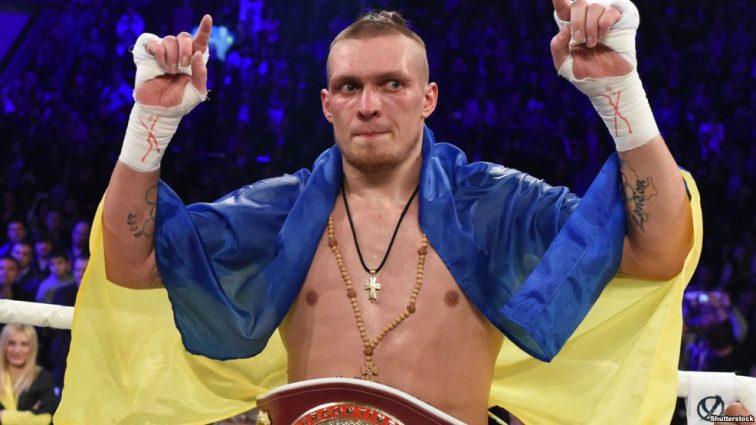 Александр Усик одержал победу в боксерском поединке
