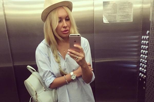 Жена известного футболиста опозорилась ужастно набитой татуировкой