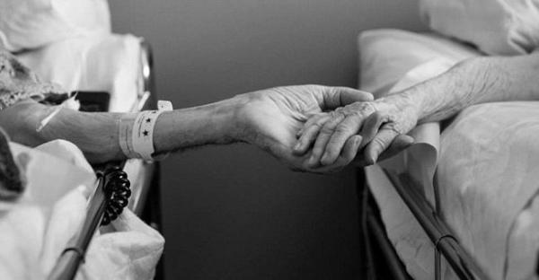 Они были женаты 62 года и умерли в один день. Его последние слова поразили до глубины души