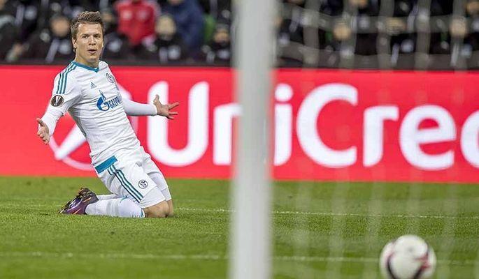 Марлос и Коноплянка попали в команду недели Лиги Европы