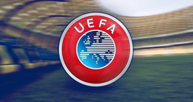 УЕФА оштрафовал «Боруссию» за поведение фанатов