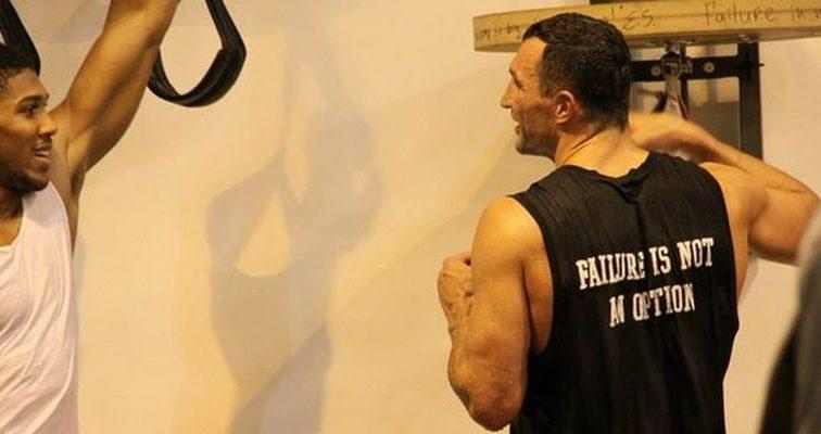 Владимир Кличко почти договорился с Джошуа о бое 10 декабря (ФОТО)