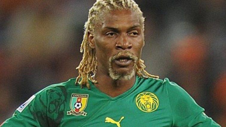 Легендарный футболист попал в больницу с тяжелым диагнозом