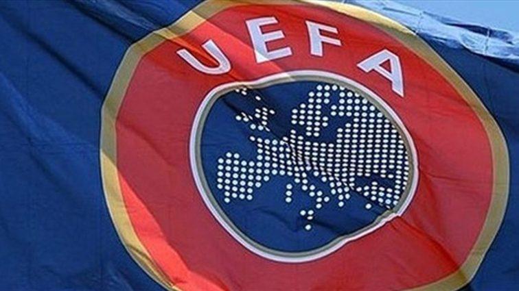 Фанаты отметили 10-летие скандала в Кубке УЕФА эффектной дракой
