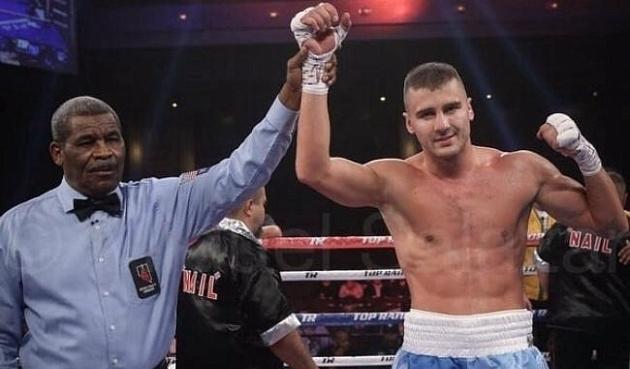 Непобедимый украинский боксер опять феерил на ринге