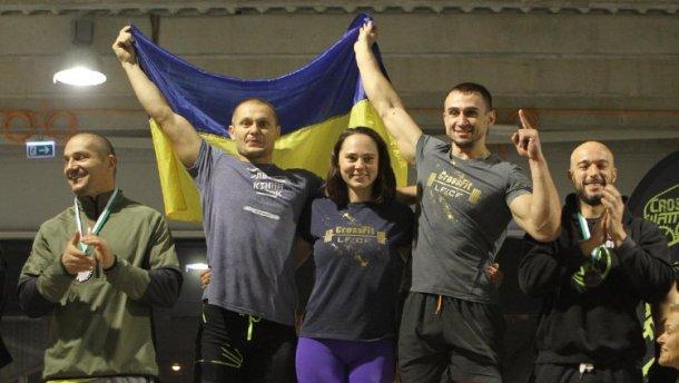 Украинские волонтеры стали лучшими на международном чемпионате по кросфиту