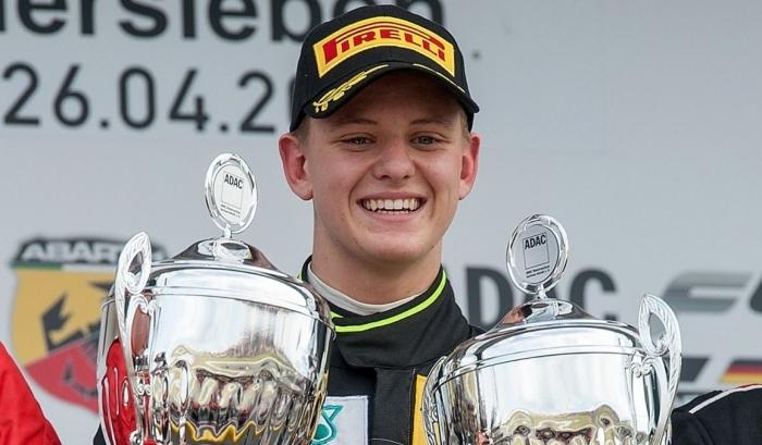 Сын Шумахера может стать новым пилотом Mercedes
