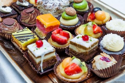Как отучить себя есть сладкое: 10 простых шагов