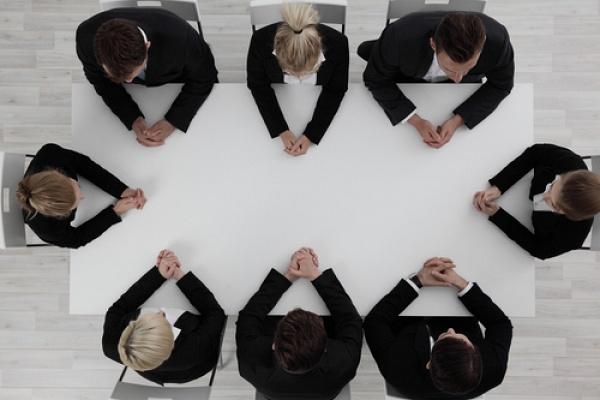 Токсичные сотрудники: 4 типа людей-демотиваторов в офисе
