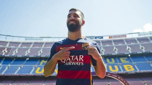 Игроки «Барселоны» устроили оригинальный спор на свою внешность