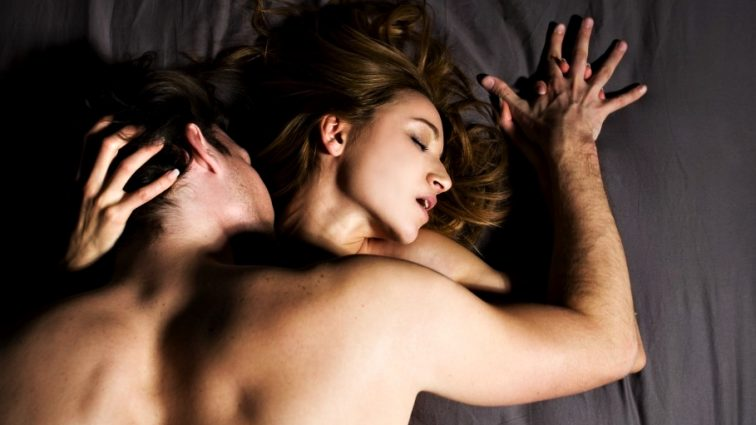 А вы об этом знали? Анальный секс может вылечить фригидность