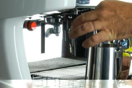 Не пейте кофе из кофе-машин! Вы ужаснетесь узнав, что там обнаружили!
