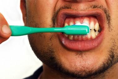 Ученые: зубная паста может продлить жизнь человека на 6 лет
