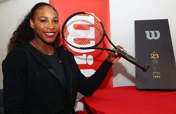 ШОК! Серена Уильямс получила ракетку из…золота?