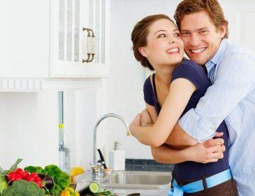 Секс на кухне: маленькие детали, о которых не стоит забывать