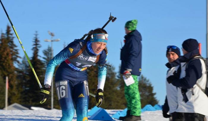 Украинская биатлонистка финишировала в топ-10 на чемпионате мира в Осрбли