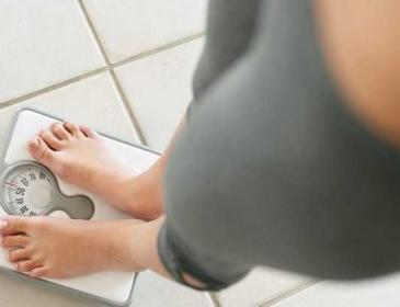 Пить и худеть : как уберечь себя от лишнего веса